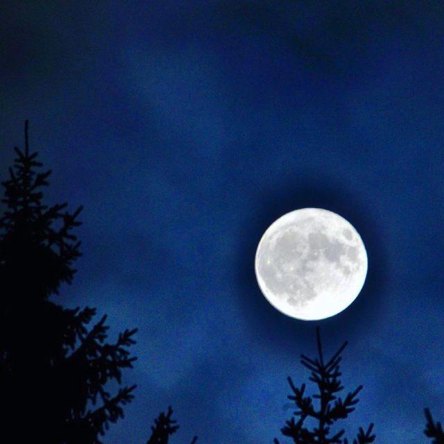 Rekordn mesiac v Ninej Boci na Geplovom Autor fotky Vladimrhellip